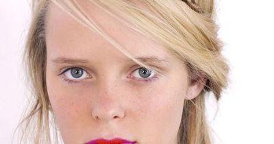 Zwei-Töne-Make-Up