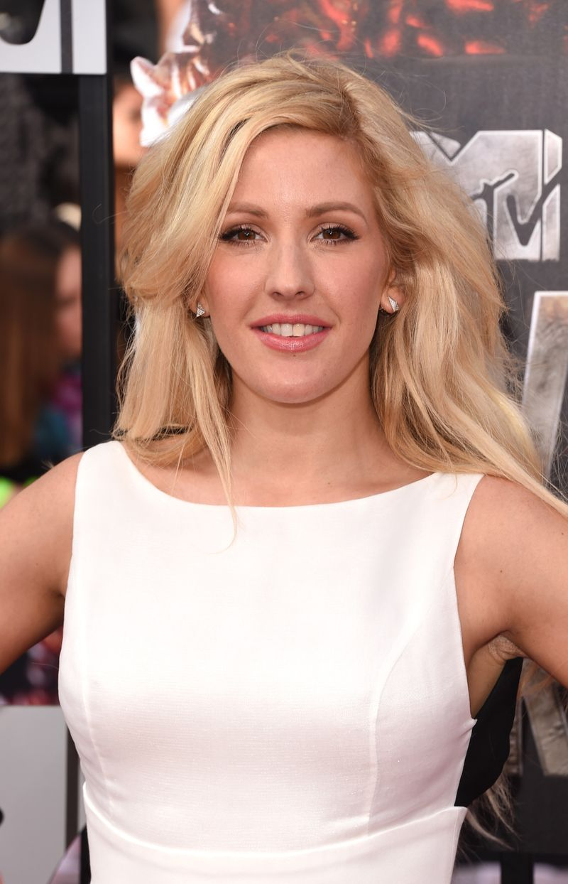 ellie goulding ungeschminkt selfie sorgt f r shitstorm. Black Bedroom Furniture Sets. Home Design Ideas