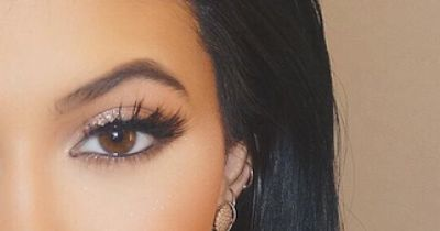 Mit diesen Wow-Wimpern wirst du zum Blickfang