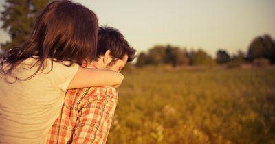 Die 10 größten Lügen, die Frauen Männern erzählen