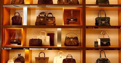 Was du unbedingt in deiner Handtasche haben solltest!
