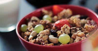 Flacher Bauch – diese Lebensmittel sind tabu!