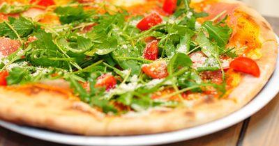 Low-Carb Pizza - lecker und gesund