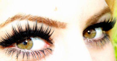 Dieses Make-Up, passt zu braunen Augen