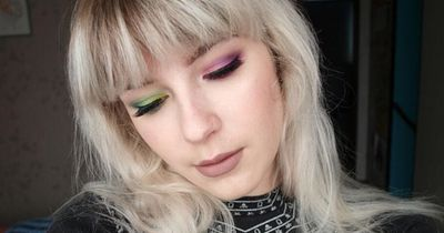 Two Toned Eye-Makeup