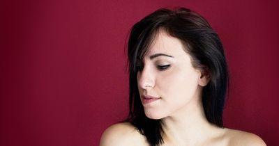 Drei Gründe, warum du vor deinem Freund kein Make-up tragen solltest