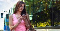 Diese 5 Gedanken  kennst du sicher, wenn du deinen Ex auf Facebook stakst!