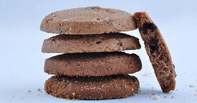 Erdnussbutter-Schoko-Cookies mit nur vier Zutaten