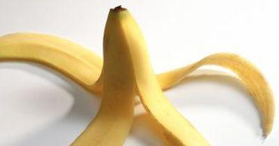 DARUM Bananenschalen niemals wegschmeißen!