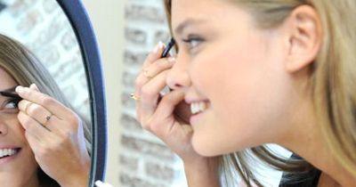 Fünf überraschende Beauty Hacks mit Eiswürfeln