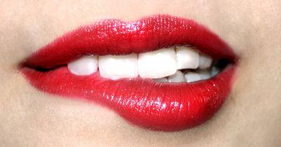 Natürlich rote Lippen