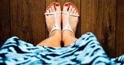 So machst du deine Füße wieder vorzeigbar