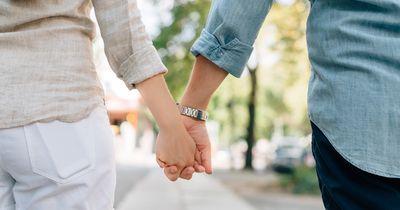 Diese Anzeichen verraten dir, dass eure Beziehung ERNST wird!