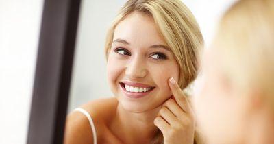 Tolle Tipps gegen große Poren und Mitesser