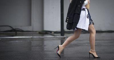 Dank diesen 3 Tricks musst du deine Beine deutlich seltener rasieren