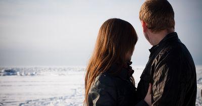 4 Anzeichen dafür, dass dein Freund nur sich selbst liebt