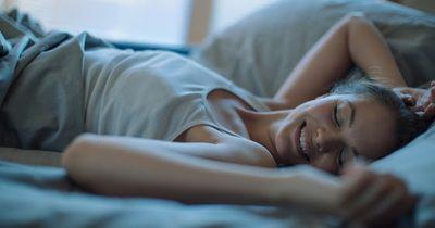 Was sagt deine Schlafposition über dich aus?