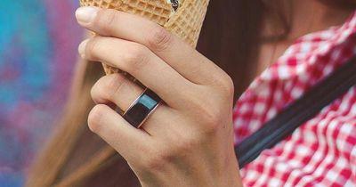 Dieser Ring stärkt eure Liebe