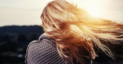 Blond in 10 Sekunden - so geht's