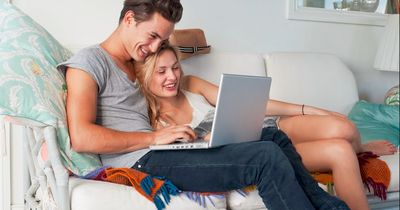 Wie der Fernseher eure Beziehung beeinflusst