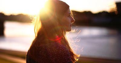 Ertappt: Diese Dinge zeigen, dass du noch nicht über deinen Ex hinweg bist