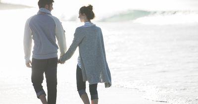 So verliebst du dich neu in deinen Partner