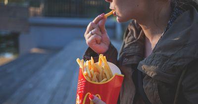 Das verrät dein Fast Food-Verhalten über deinen Männergeschmack