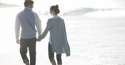 Stelle deinem Partner diese 14 Fragen, um eure Beziehung zu vertiefen!