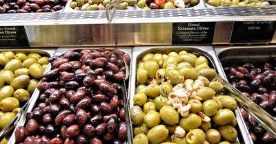 So erkennst du, ob deine Oliven geschwärzt sind