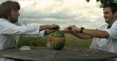 So sieht eine Wassermelone aus, wenn sie explodiert