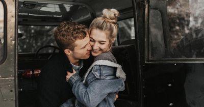 Wie verlieben sich Männer? – Die Antwort!