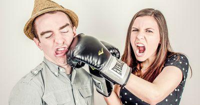 8 Anzeichen, an denen Du Lügen erkennen kannst