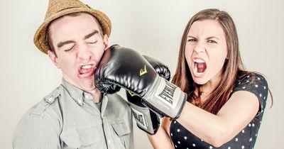 Diese 7 Dinge wollen Frauen während der Periode einfach nicht hören!