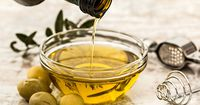 In diesen 11 Situationen hilft dir Olivenöl weiter!