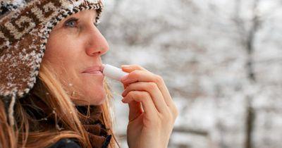 Machen Lippenpflege, Gesichtscreme und Co. uns abhängig?