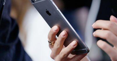 So lädt dein Handy-Akku viel schneller