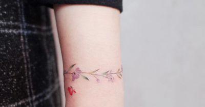 Dieses Tattoo passt zu deinem Sternzeichen