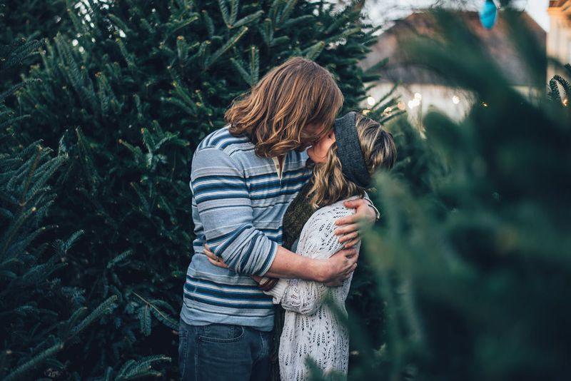 5 Anzeichen, dass er dabei ist, sich in dich zu verlieben
