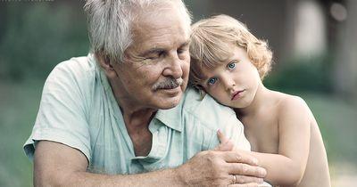 So besonders ist die Bindung zwischen Großeltern und ihren Enkeln