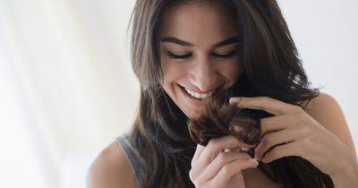 Mit diesen 11 Tricks wachsen deine Haare schneller