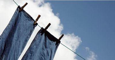 Du hast es immer falsch gemacht: So oft wäscht man Jeans wirklich
