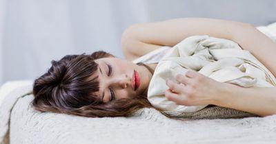 Fibromyalgie: An dieser unheilbaren Krankheit leiden mehr als zwei Millionen Frauen