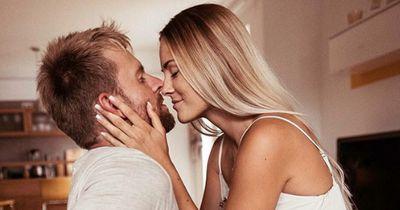 4 Anzeichen, dass du deinem Partner vertrauen kannst