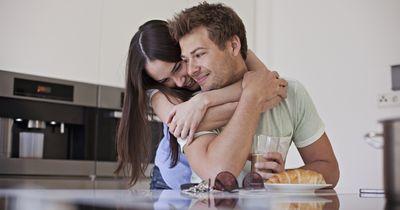 Diese ekligen Dinge machen Paare heimlich