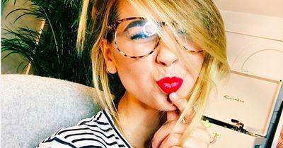 5 Dinge, die Männer beim Küssen richtig eklig finden