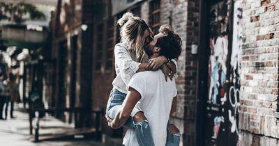 Diese Dinge machen verliebte Paare täglich