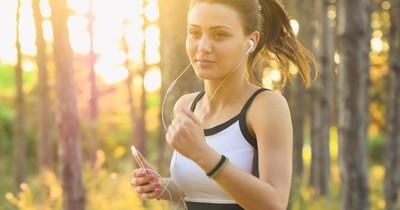 Diese Sportarten lassen die Pfunde am schnellsten purzeln
